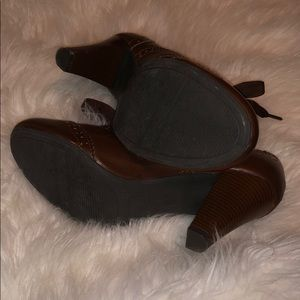 American Eagle Outfitters Shoes - AMERICAN EAGLE heels!